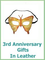 3rd Wedding Gift Etiquette : Traditional anniversary gifts come from the list that was started in ...