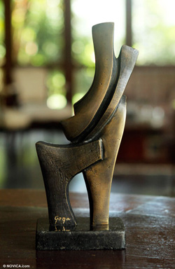 couples bronze sculpture