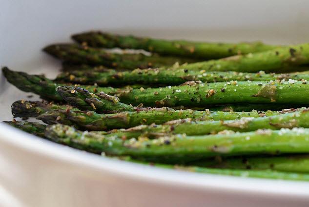 asparagus - romantic dinner idea