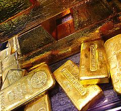50th anniversary symbol - gold