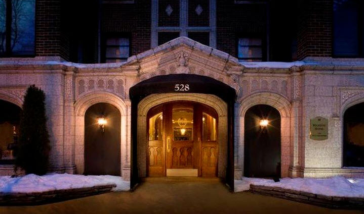 Romantic hotels in illinois for your anniversary for Romantic hotels in chicago