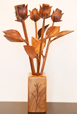 5th anniversary wooden roses