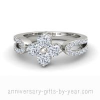 4 diamond flower anniversary ring